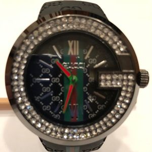 Gucci Diamond Men Black Rubber Watch